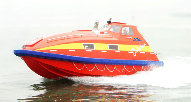 Totally Enclosed Fast Rescue Boat